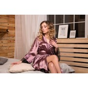Ніжний жіночий халат з атласу з мереживом Фрез 0676