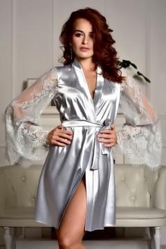 атласный халат с длинными кружевными рукавами