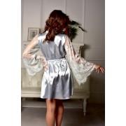 Чорний атласний халат з довгими рукавами і білим мереживом 0763
