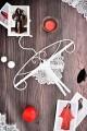 эротическое белье стринги с доступом и пояс для чулок