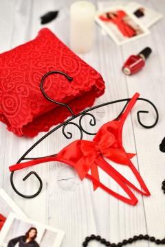 Жіночі стринги з красивою ажурною вишивкою червоні 0995